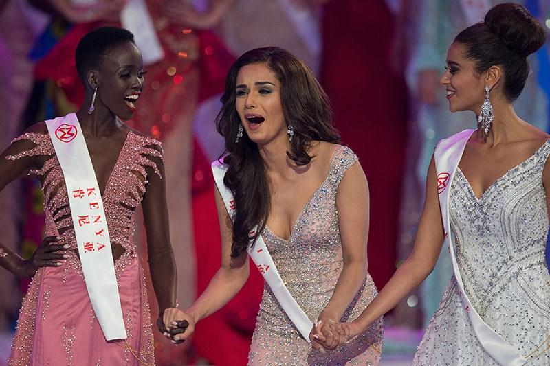 """Μια καλλονή από την Ινδία η νέα """"Μις Κόσμος"""""""