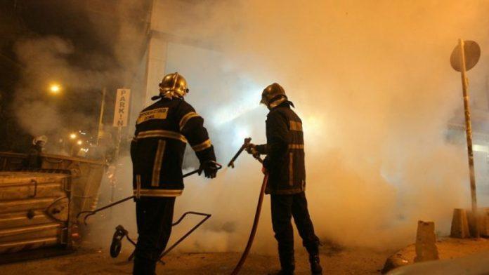 Έκτακτο: Πυρκαγιά κοντά σε οικισμό στον Πύργο