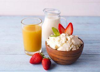 Γάλα vs χυμός πορτοκάλι για πρωινό
