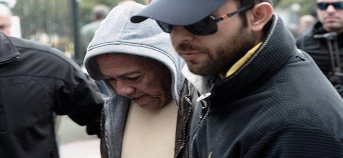 Τι ομολόγησε ο δολοφόνος: «Είδα μια νεαρή γυναίκα να κλαίει στον τάφο…