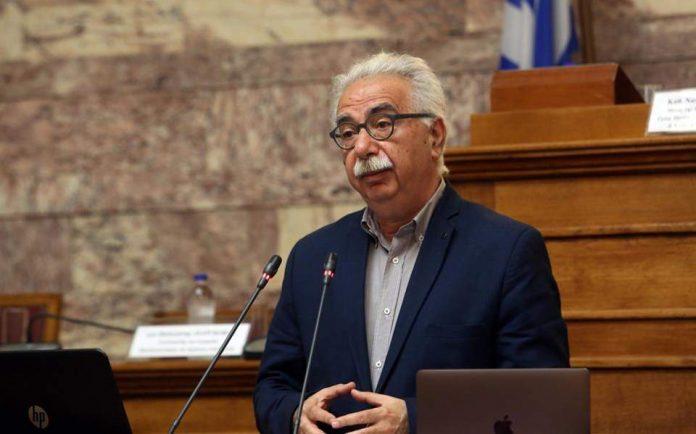 Διευκρινίσεις Γαβρόγλου: Ποιοι θα δίνουν Πανελλήνιες και ποιοι όχι