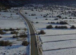 Δείτε τον χιονισμένο Ομαλό - Μαγευτικές εικόνες από ψηλά