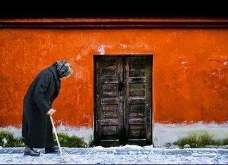 Η γήρανση του πληθυσμού καθιστά αναγκαία την αναμόρφωση του ασφαλιστικού - Τι αλλάζει στην επικουρική ασφάλιση
