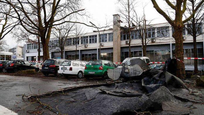 ΓΕΡΜΑΝΙΑ: Τους 9 έχουν φτάσει οι νεκροί από την καταιγίδα