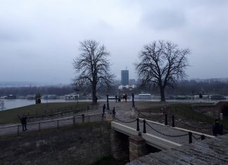 ΒΕΛΙΓΡΑΔΙ: Μία πόλη, δύο όψεις