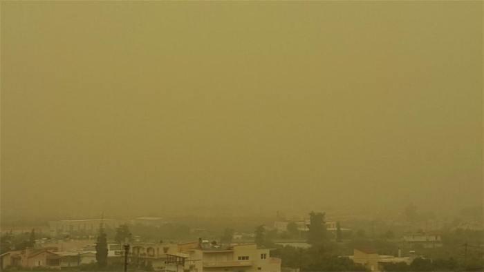 Αφρικανική σκόνη ίπταται της χώρας
