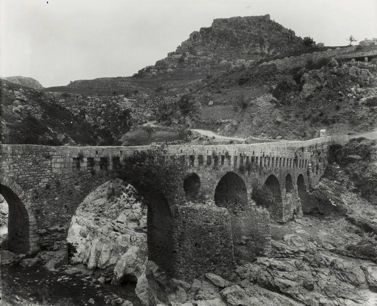 Αυτό είναι το «γεφύρι του πεντοχίλιαρου» στο χαρτονόμισμα με τον Κολοκοτρώνη