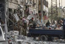 ΑΦΡΙΝ: Οι αντάρτες άρχισαν το πλιάτσικο