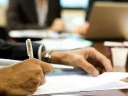 Πως θα δοθεί η αποζημίωση 800 ευρώ στους εργαζόμενους επιχειρήσεων που έκλεισαν λόγω κορονοϊού