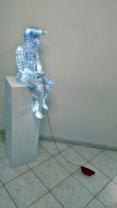 "Dépôt Αrt gallery: ""Πολύχρωμο Σκοτάδι κι ασπρόμαυρο Φως: 6 εικαστικοί"""