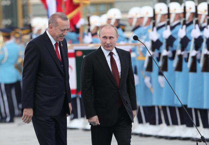Η προκλητική απάντηση Ερντογάν στον Πούτιν για τους δύο Έλληνες στρατιωτικούς