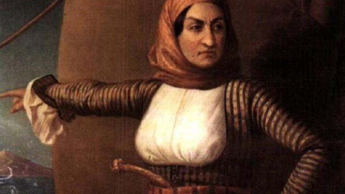 Η ΝΔ μπορεί να ειρωνεύεται τον Πάνο για τη Μπουμπουλίνα, δεν πρέπει να αγνοεί όμως ότι οι Ρώσοι πρώτοι την έκαναν ναύαρχο επί τιμή!
