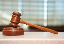 Ποινική δίωξη σε έναν εκ των τριών κατηγορουμένων που συνελήφθησαν από την αντιτρομοκρατική