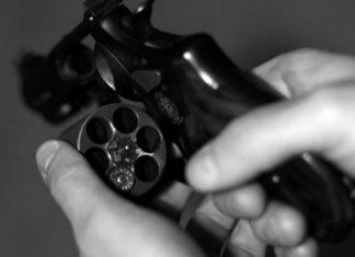 Αγρίνιο: Έβγαλαν όπλο για μια θέση πάρκινγκ