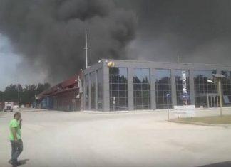 Ξάνθη: Πυρκαγιά σε εργοστάσιο μπαταριών – Εκκενώνονται οικισμοί