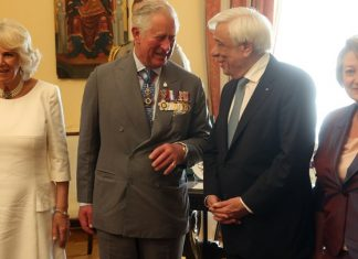 Παυλόπουλος σε πρίγκιπα Κάρολο: Ευελπιστούμε σε επιστροφή των γλυπτών του Παρθενώνα