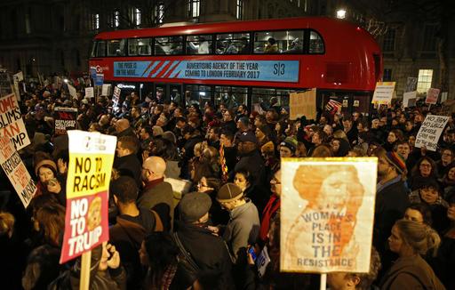 Βρετανία: Πάνω από 30.000 διαδηλωτές στους δρόμους της Γλασκώβης υπέρ της ανεξαρτησίας της Σκωτίας