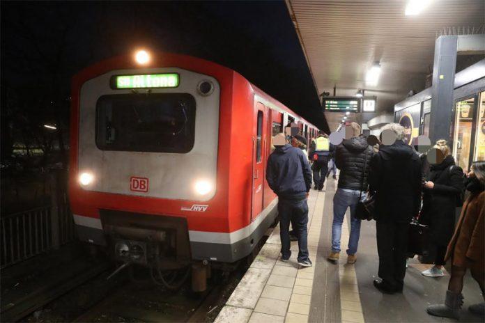 ΓΕΡΜΑΝΙΑ: Τρόμος από επίθεση με μαχαίρι σε σταθμό - Ένας νεκρός και δύο τραυματίες