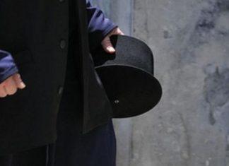 Χίος: Ιερέας επιτέθηκε σε βουλευτή