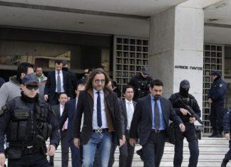 ΤΟΥΡΚΙΑ: Επικήρυξε τους 8 στρατιωτικούς για 700.000 ευρώ το «κεφάλι»