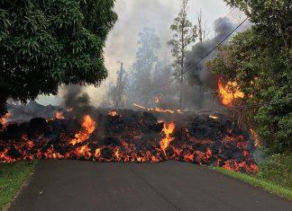 ΧΑΒΑΗ: To ηφαίστειο κυλάει σε κατοικημένες περιοχές