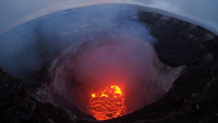 ΧΑΒΑΗ: Το ηφαίστειο Κιλαουέα εξερράγη