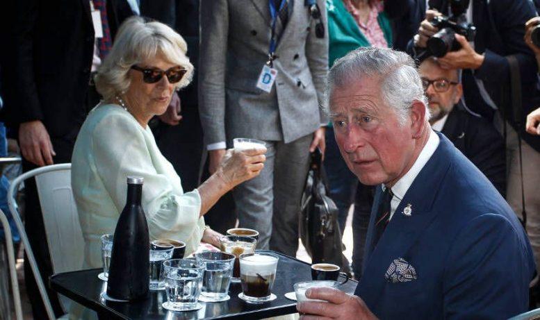 Φιλανθρωπικό ίδρυμα του πρίγκιπα Καρόλου της Αγγλίας έλαβε δωρεές από μια offshore εταιρεία και χρησιμοποιήθηκε για να διοχετεύσει τεράστια ποσά μετρητών από τη Ρωσία σε ένα πρόγραμμα που βρίσκεται υπό έρευνα από εισαγγελείς, αποκαλύπτει η βρετανική εφημερίδα The Guardian.