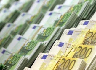 Μέγαρο Μαξίμου: Αυτά τα σενάρια εξετάζει για τις φορο-ελαφρύνσεις