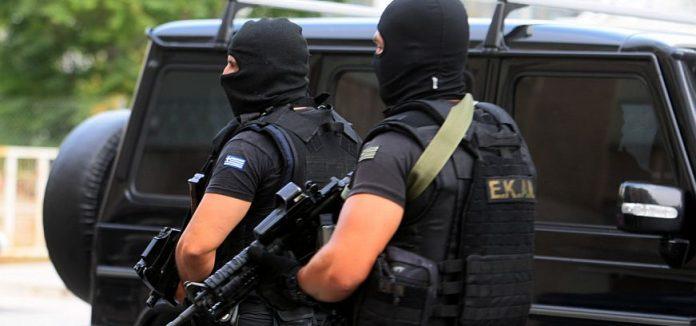 Αντιτρομοκρατική: Τρεις συλλήψεις για κατοχή εκρηκτικών στο Κουκάκι