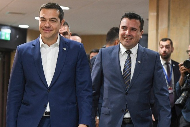 Τσίπρας σε Ζάεφ: Χαίρομαι που η ΝΔ όχι μόνο σέβεται αλλά δίνει και μάζες για τη Συμφωνία των Πρεσπών
