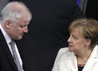 ΓΕΡΜΑΝΙΑ: Συμφωνία Μέρκελ και Ζεεχόφερ για κλειστά κέντρα ασύλου