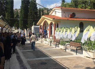 Αργυρούπολη: Θρήνος στην κηδεία του 15χρονου