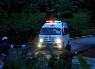 ΤΑΪΛΑΝΔΗ: Απεγκλωβίστηκαν άλλα τρία παιδιά από το σπήλαιο