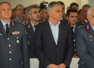 Παρέλαβε ο νέος αρχηγός της ΕΛ.ΑΣ - Ενός λεπτού σιγή γα τα θύματα στο Μάτι