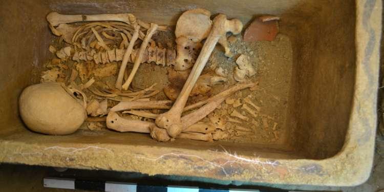 Κρήτη: Βρέθηκε ασύλητος θαλαμοειδής τάφος στην Ιεράπετρα