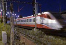 Εκτροχιασμός τρένου με 285 επιβάτες προσέκρουσε σε βράχια