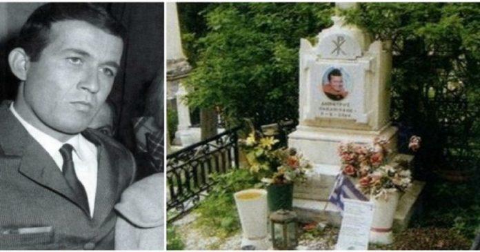 Εικόνες ντροπής! Δείτε πως είναι σήμερα ο τάφος του Δημήτρη Παπαμιχάηλ