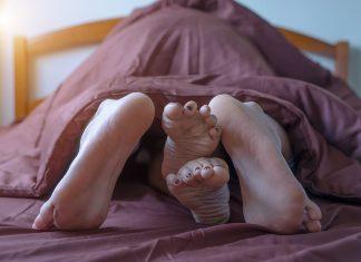 Με πόσες γυναίκες πρέπει να έχεις κάνει sex στη ζωή σου;