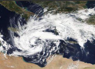 Ξεκίνησε η επέλαση του κυκλώνα Ζορμπά