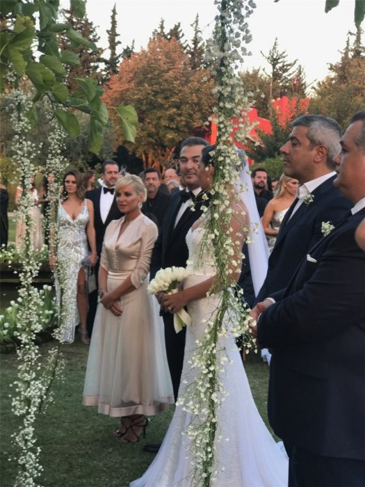 Ρέμος - Μπόσνιακ: Παντρεύτηκαν με την κόρη τους παρανυφάκι