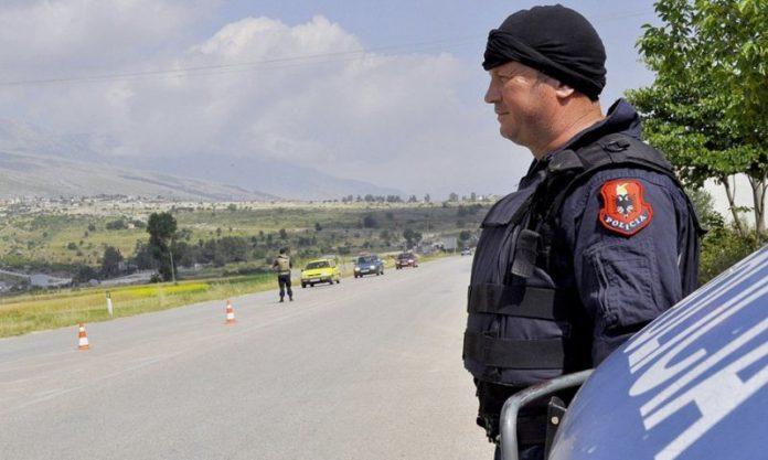 Έλληνας αστυνομικός κρατείται από τις αλβανικές αρχές στους Αγίους Σαράντα