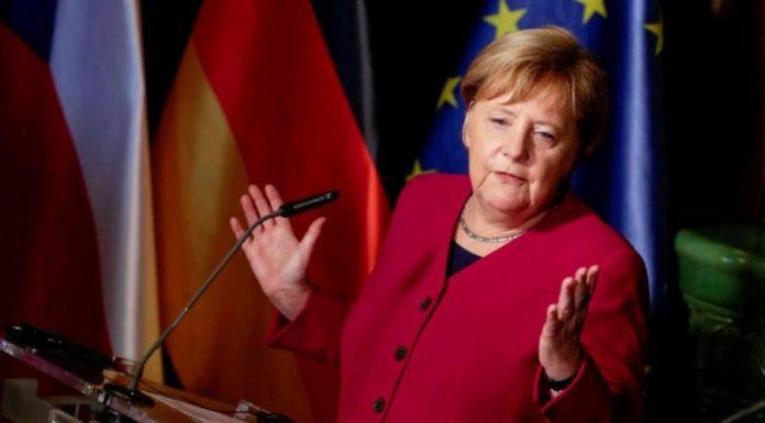 """Τι κρύβει η Μέρκελ με την """"ξαφνική"""" αγάπη στην Ελλάδα και την επίθεση στον Ερντογάν"""