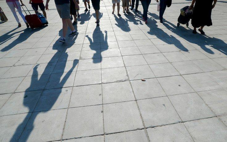 Έντεκα νέα προγράμματα από τον ΟΑΕΔ για 88.500 άνεργους