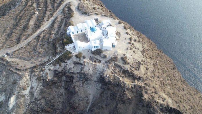 """Telegraph - Διθυραμβικά σχόλια για την Ελλάδα: """"Ιδανική επιλογή για οικογενειακές διακοπές"""""""