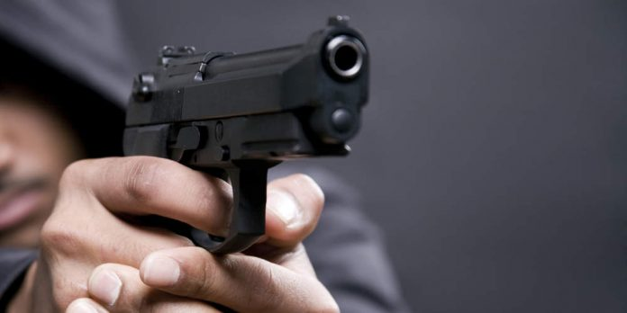 Λαμία: Για τα μάτια μιας κοπέλας μαθητής πυροβόλησε μαθητή μέσα στο Γυμνάσιο