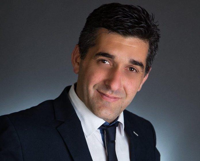 Υποψήφιος Δήμαρχος με τη ΝΔ ζητά τη διαγραφή Βουλευτή της ΝΔ!