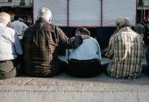 Δράμα με τις γεννήσεις στην Ελλάδα της κρίσης