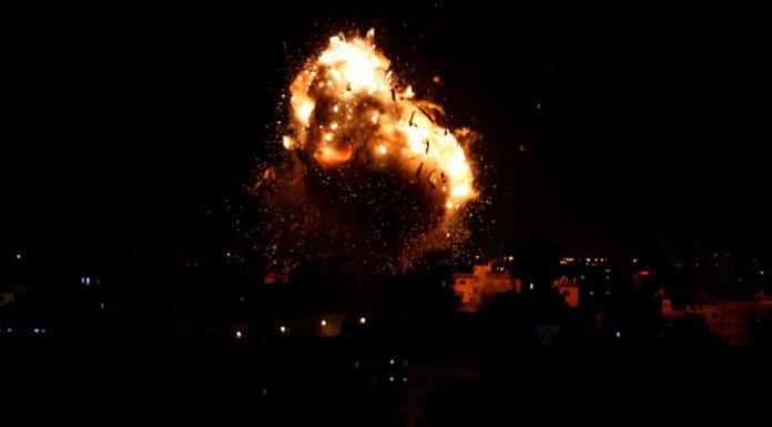 ΓΑΖΑ: Ισραηλινά αεροσκάφη βομβάρδισαν τον τηλεοπτικό σταθμό της Χαμάς