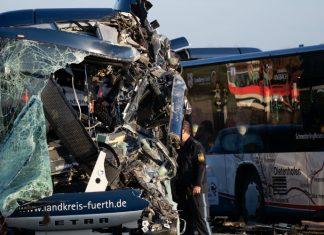 ΓΕΡΜΑΝΙΑ: Σαράντα τραυματίες, οι περισσότεροι μαθητές, σε τροχαίο με δύο σχολικά λεωφορεία