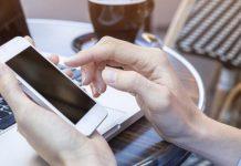 Ο κορωνοϊός επιβιώνει έως 28 μέρες πάνω στις οθόνες των κινητών και άλλες επιφάνειες